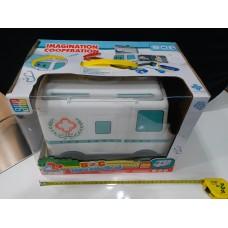Toyslido 救護車醫生扮演玩具套裝 特價陳列樣辦玩具 (3歲以上適用)